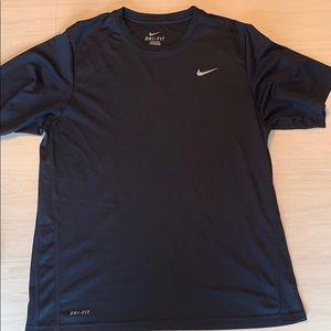 Black Nike dry fit short sleeve T-shirt